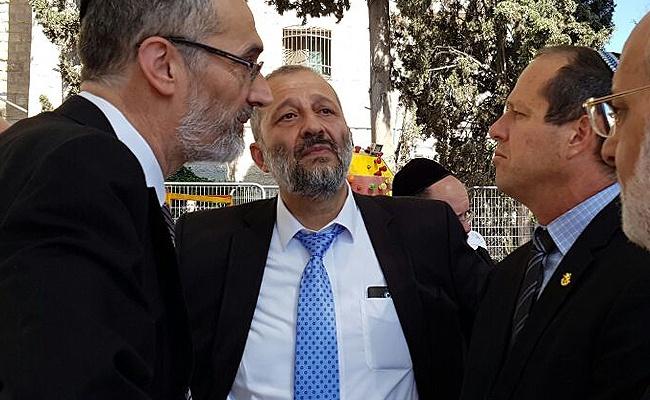 """דרעי, ברקת וצביקה כהן - מדוע ש""""ס לא ממנה חבר מועצה בירושלים?"""