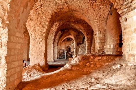 מסלולים, פעילויות והיסטוריה במבצר יחיעם - פיקניק בנחל ומורשת קרב בגן לאומי מבצר יחיעם