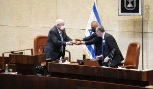 """יו""""ר הכנסת: הדמוקרטיה חזקה מהפקידים"""