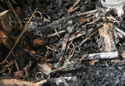 מלכה מצאה את ירושת הסב במחסן השרוף