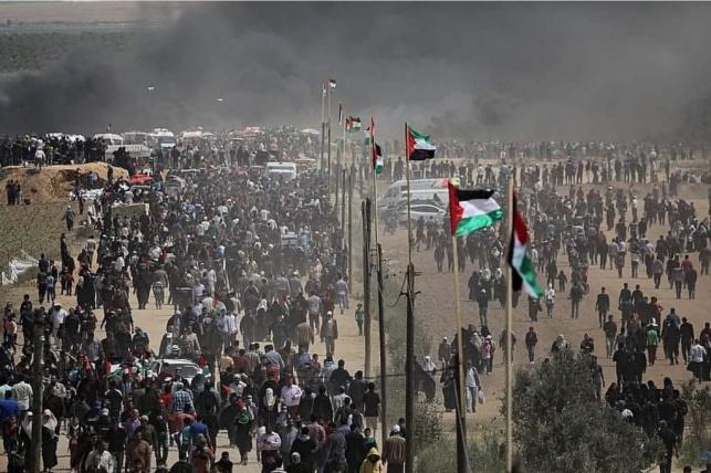עזה: אלפים מנסים להסתער אל תוך ישראל