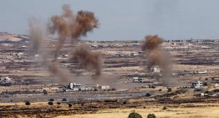 """מראות הקרבות בסוריה מתוך גבול ישראל - 5 זליגות ירי במהלך השבת לרמת הגולן; צה""""ל תקף בתגובה"""