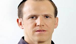 """מנכ""""ל אגודת העיתונאים תקף עיתונאי"""