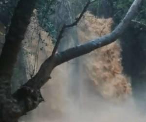אחרי הגשמים: מפלי הצפון שוצפים וגועשים • צפו