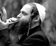 """""""אם אשכחך ירושלים"""" בביצוע שופר מרהיב"""