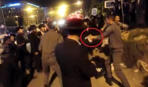 תיעוד דרמטי: שוטר שלף נשק חם נגד חרדים