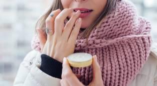 3 טריקים לגרום לשפתיים דקות להראות מלאות יותר