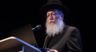 השר יעקב ליצמן - ליצמן במשבר: לא אצביע עם הקואליציה
