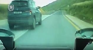 עקף פעמיים בפס לבן בכביש 90 ונתפס