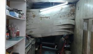 התקרה שקרסה בחנות, בעקבות הדף המטוסים הישראלים - לבנון זועזעה ממטוסי חיל האוויר הישראלי