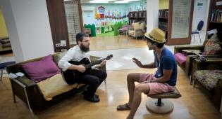 חילוני וחרדי, בתאילנד. ארכיון - 15% מהחרדים והדתיים רוצים לטוס לתאילנד