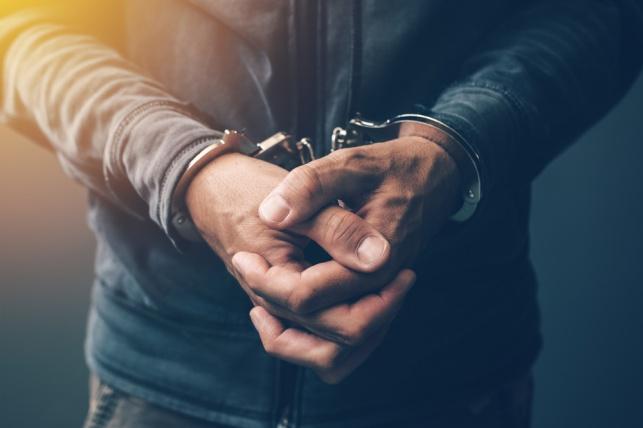 אחים שדדו סופר מרקט בבית שמש ונעצרו
