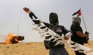 עפיפון בוער, ארכיון - טרור העפיפונים: כ-100 דונם חיטה נשרפו