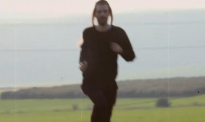 סינגל קליפ בכורה למתנאל אסייג: רץ לשדה