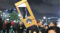 הגיליוטינה, בהפגנה בתל אביב - הפרקליטות: 'גיליוטינה לא מובילה לאלימות'