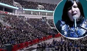 אשת החינוך ובת המגיד סחפה בנאומה את אלפי הבנות