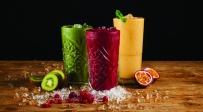 משקאות הקיץ של קפה קפה - מי אתם יותר: שייק פירות או מילקשייק מושחת?