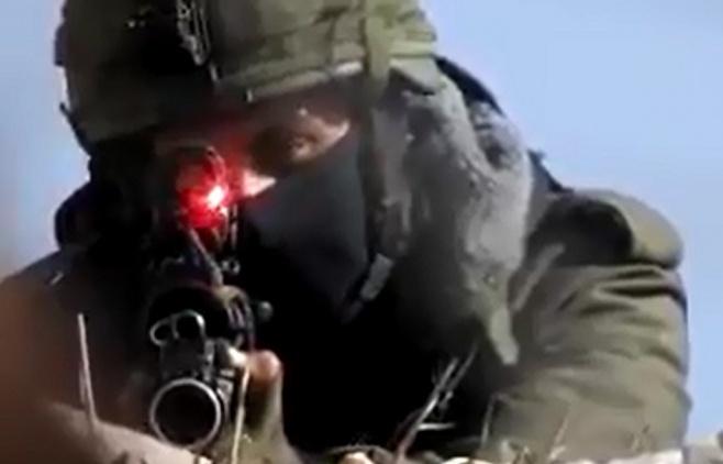 """חיזבאללה תיעד: לוחמי צה""""ל עם נשק דרוך"""