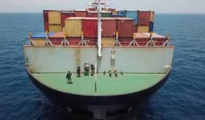 תמונות חדשות: ההשתלטות על הספינה