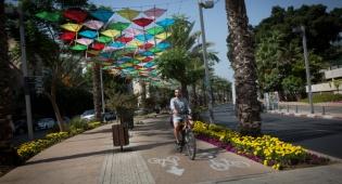 רחוב בן גוריון בתל אביב - תחזית: ירידה קלה בחום, חם מהרגיל לעונה