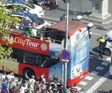 ההימלטות מזירת האירוע - 13 הרוגים ו-80 פצועים בפיגוע בברצלונה