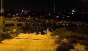 13 עצורים במבצע לילי במחנה 'אל-ערוב'