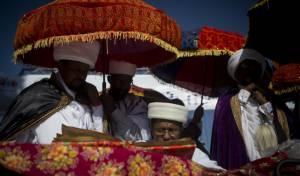 """רב העדה האתיופית בפ""""ת: """"יקרה כאן אסון"""""""