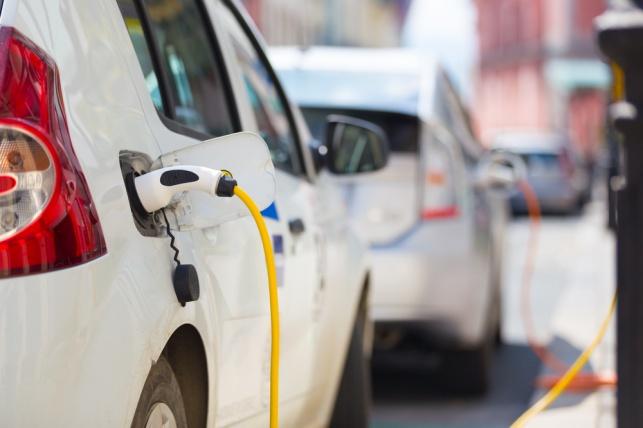 אוניברסיטת אריאל תפתח רכב חשמלי עצמאי