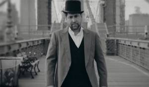 """משפחת קלצקו בקליפ חדש: """"גשר צר מאד"""""""