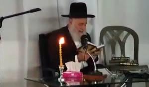 הרב אלבז פרץ בבכי: 1952 שנה לחרבן הבית
