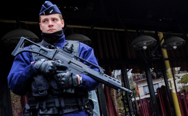 שוטרים בצרפת. ארכיון