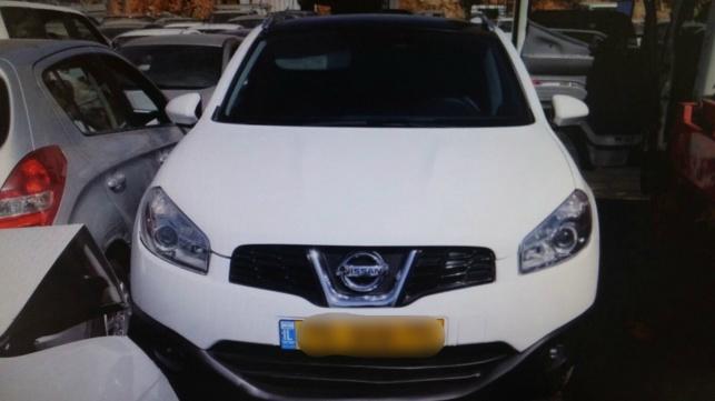 שני גנבי רכבים נתפסו לאחר שנמלטו מרכב