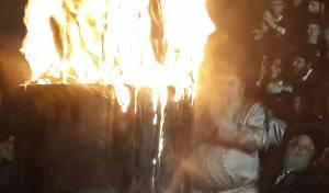 """צפו: ההדלקה של הרבי מלעלוב לכבוד רשב""""י"""