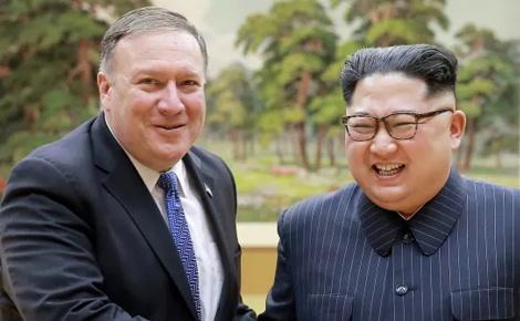 שליט צפון קוריאה עם שר החוץ האמריקני