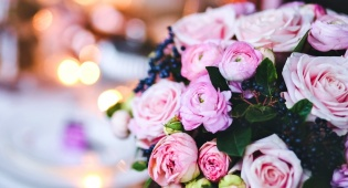 לפתוח במהירות את הפרחים שקנינו לשבת