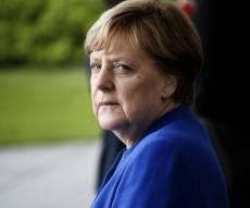 מרקל רעדה בידיה, את גרמניה זה לא מעניין