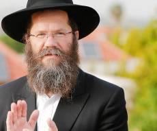 """הרב מאיר אשכנזי - בכפר חב""""ד צמצמו את כוחו של הרב אשכנזי"""