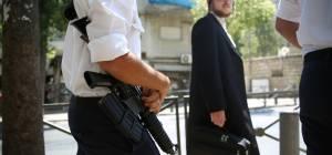 גאולה: קצינים סיירו בשכונה והותקפו • צפו