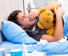 יש סיבה מדעית לכך שגברים מתמוטטים משפעת