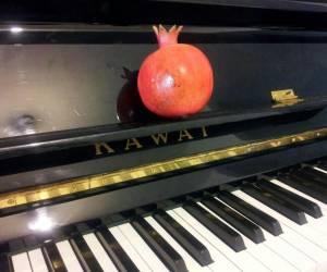 """""""צא מן התיבה"""": גרסת הפסנתר האקוסטי"""