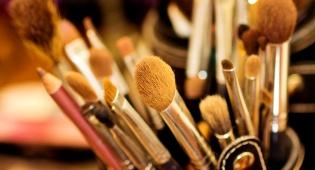 לנקות את מברשות האיפור בלי להרוס אותן