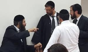 """ראש עיריית אלעד ישראל פרוש עם עו""""ד יואב ללום, בביהמ""""ש - כל הבנות יתקבלו; בשנה הבאה """"רישום אזורי"""""""
