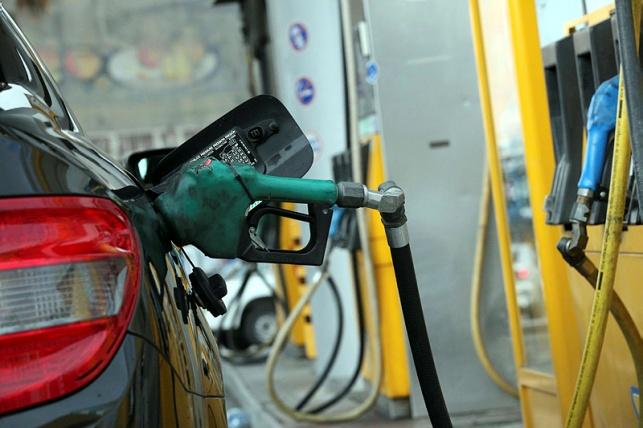 מחר בחצות: מחיר הדלק יירד ב-21 אגורות