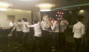 אחדות מרגשת בהקפות במלונית הקורונה