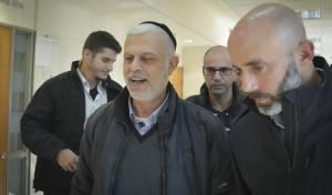 אמנון כהן ביציאה מבית המשפט, היום