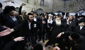 מאות השתתפו בהילולת משה רבינו במירון