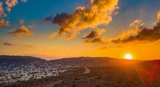 שקיעה מרהיבה במיוחד בעמק שילה • צפו