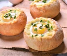 קערת לחם עם ביצת עין