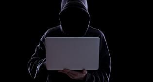 נחשף: ה-CIA מאזין דרך הסמארטפון ומחשב