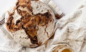 לחם ביתי מושלם. פריך מבחוץ, רך מבפנים